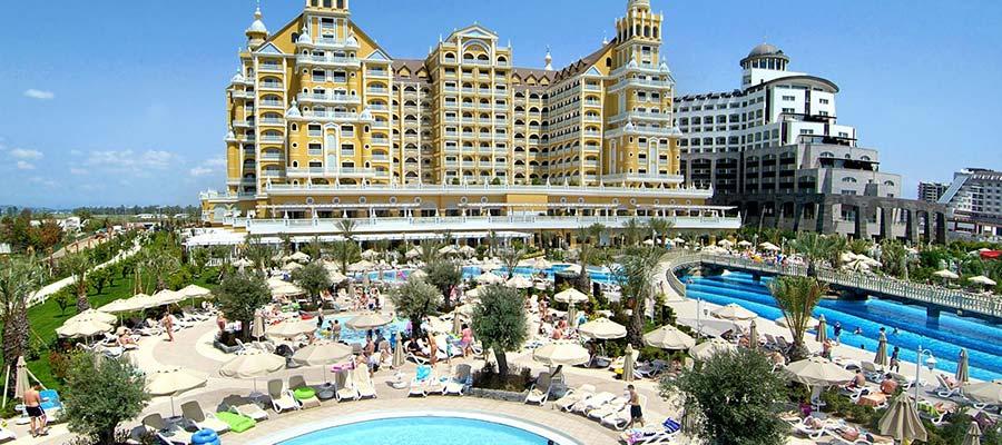 Erken Rezervasyon Yaptırarak Tatilinizi Ucuza Getirin - antalya royal hotel