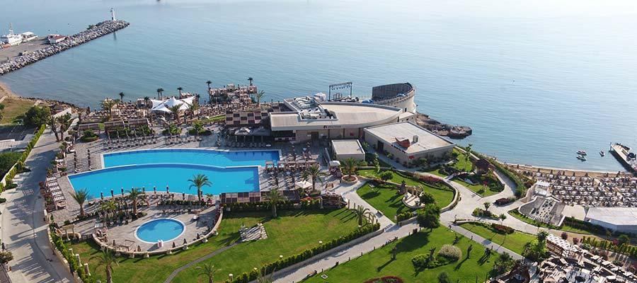 Kıbrıs Sanatçılı Oteller - Lord's Palace Hotel