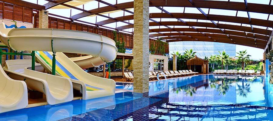 muhafazakar-oteller-adenya-hotel-havuz