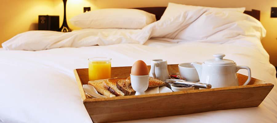 Tatil için Neden Kıbrıs'ı Tercih Etmelisiniz? - otel oda servisi
