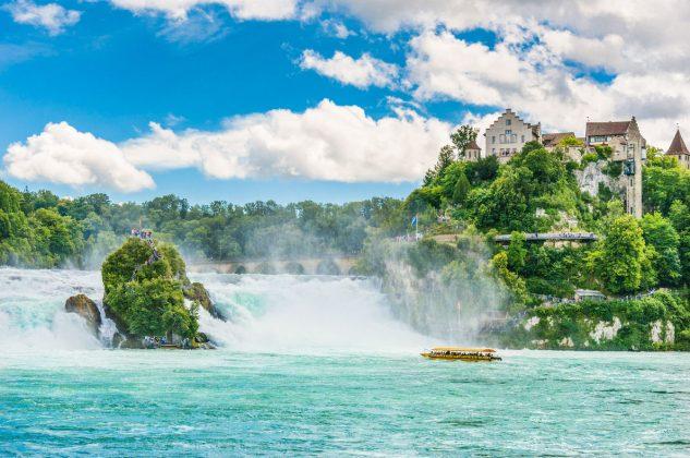 Rhine Şelalesi (İsviçre)