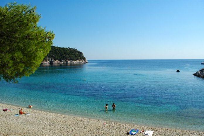 en-iyi-yunan-adalari-sahilleri-stafylo-skopelos