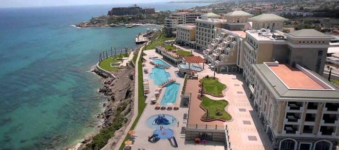 Kıbrıs'ın En Lüks 10 Oteli - Merit Royal