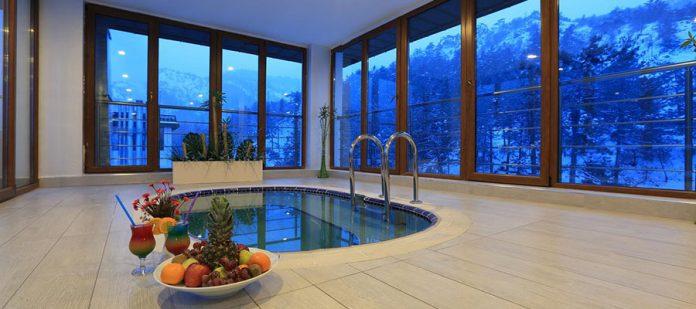 Çam Termal Otel - Havuz