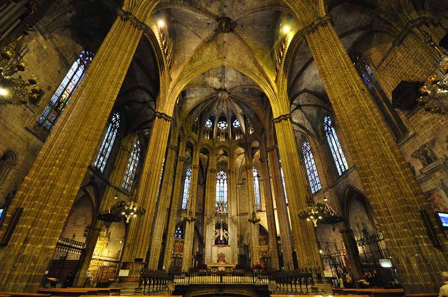 Barcelona Gezi Rehberi - Barcelona Katedrali - İç Mekan