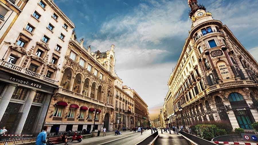 Barcelona Gezi Rehberi - Caddeler