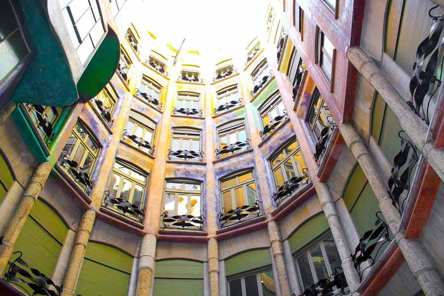 Barcelona Gezi Rehberi - Casa Mila (La Pedrera) İç Mekan