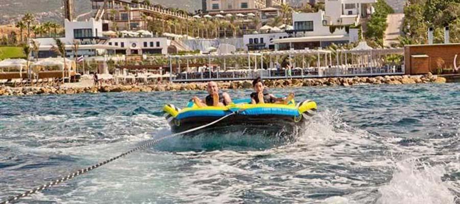 Cratos Hotel Balayı Deneyimi - Su Sporları