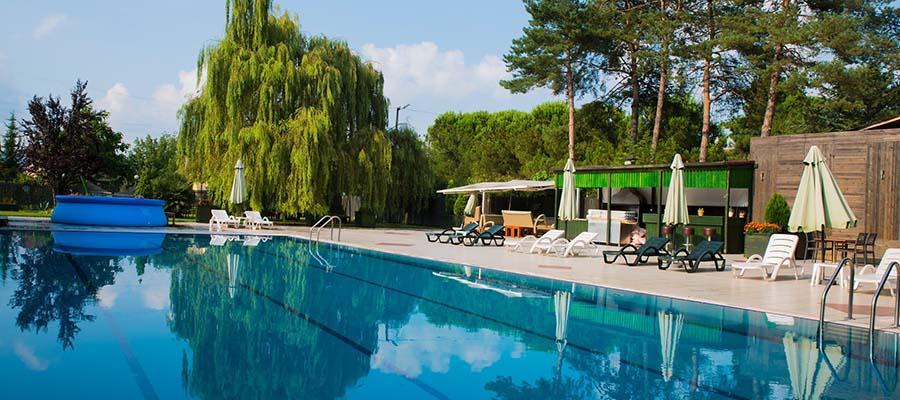 Hafta Sonu Kaçamağı İçin En İyi Sapanca Otelleri - Talia Otel - Havuz