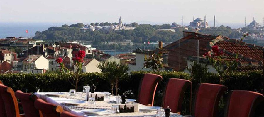 İstanbul Jakuzili Oteller - Corinne Art & Butik Otel - Teras