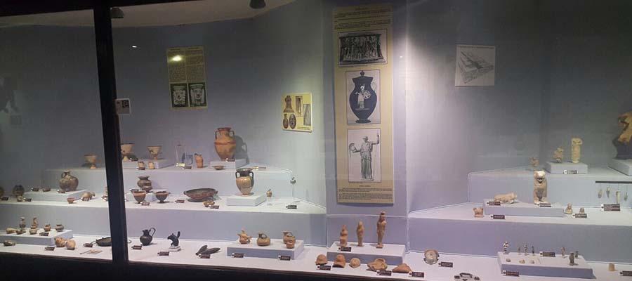 İzmir Gezi Rehberi - Arkeoloji Müzesi
