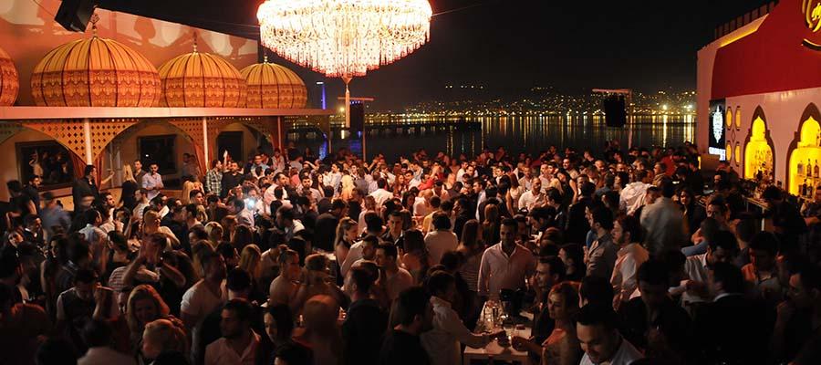 İzmir Gezi Rehberi - Gece Hayatı