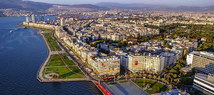 İzmir Gezi Rehberi - İzmir Köfte