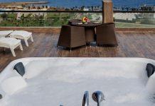 Kıbrıs'ın Jakuzili En İyi 5 Oteli - Teras