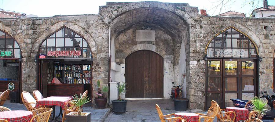 Marmaris Gezi Rehberi - Hafsa Sultan Kervansarayı