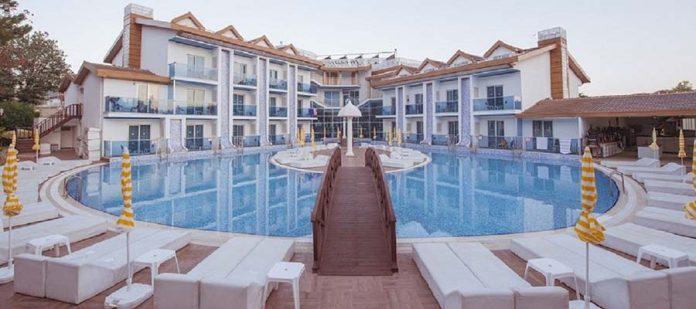Odadan Havuza Girilebilen En İyi Oteller - Ocean Blue