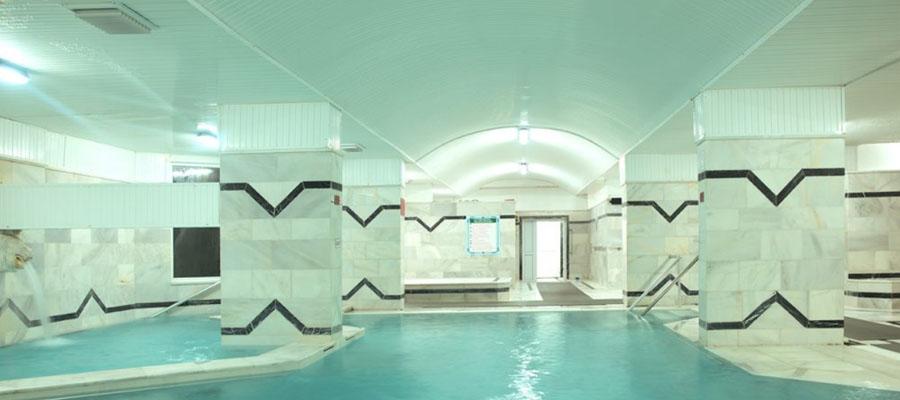 Oylat Kaplıcaları - Otel Havuzu