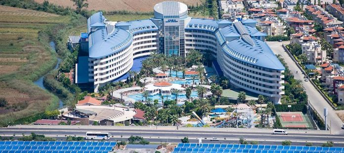 Romantizm Dolu Bir Balayı İçin Jakuzili Oteller - Crystal Admiral Resort