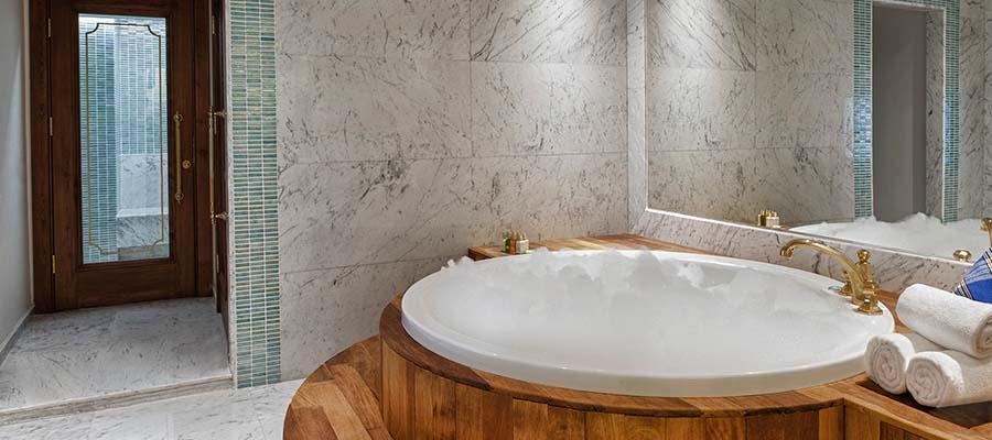 Romantizm Dolu Bir Balayı İçin Jakuzili Oteller - Kaya Artemis Hotel