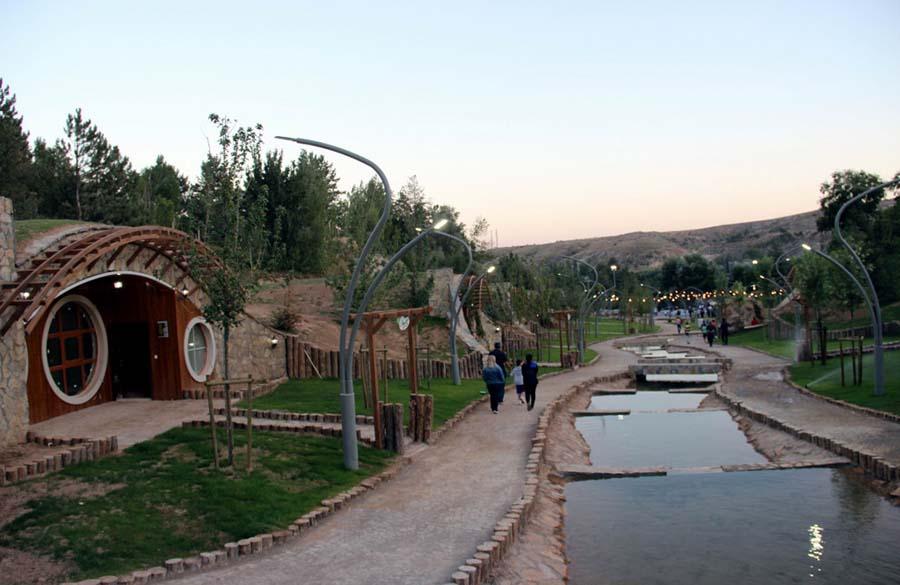 Sivas Hobbit Evleri - Nehir