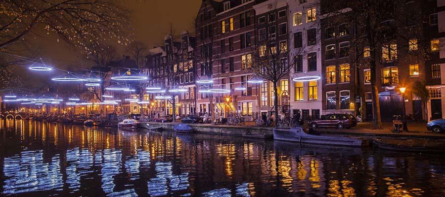 Avrupa'nın En İyi Kış Festivalleri - Amsterdam - Nehir