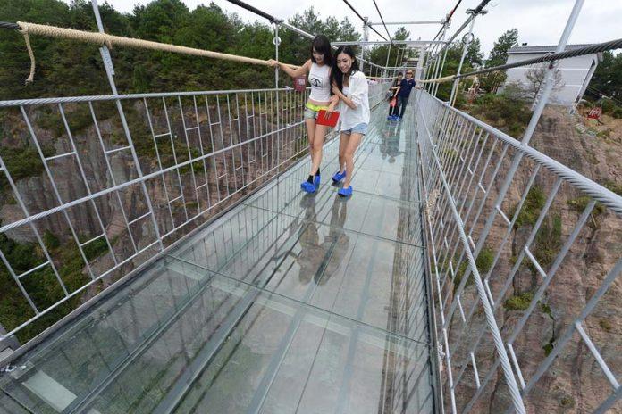 Dudak Uçuklatan Cam Köprüler - Haohan Qiao Köprüsü