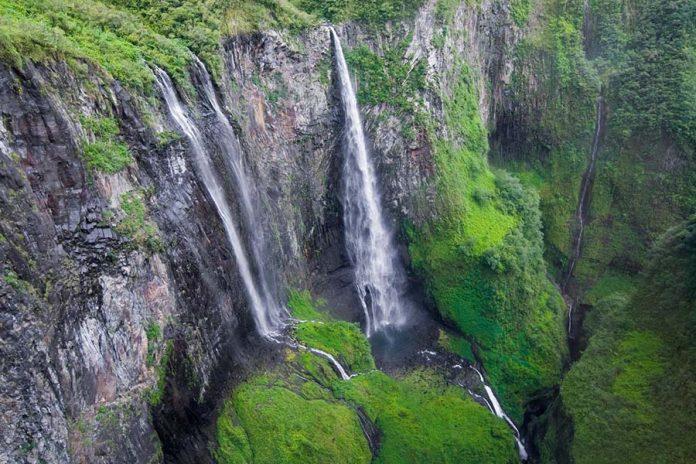 Dünyanın En Büyüleyici Şelaleleri - Reunion Adası