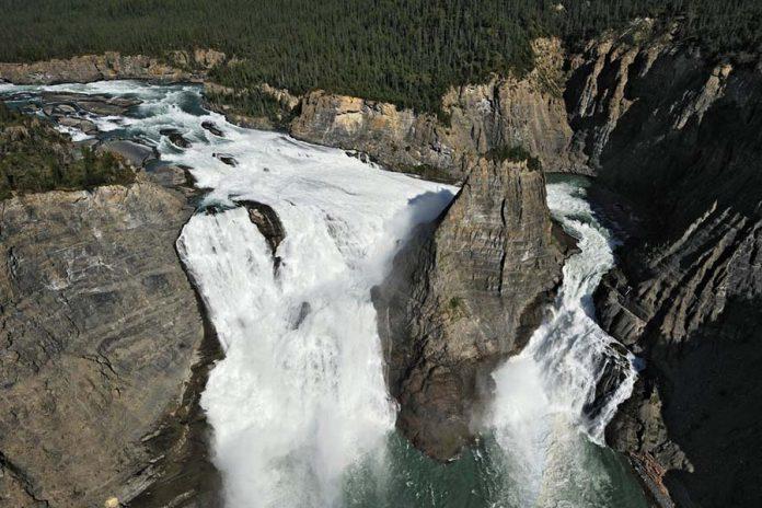 Dünyanın En Büyüleyici Şelaleleri - Virginia Şelalesi