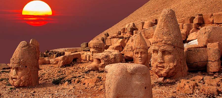 Tanrılar ve Kralların Gizemli Dağı Nemrut - Genel