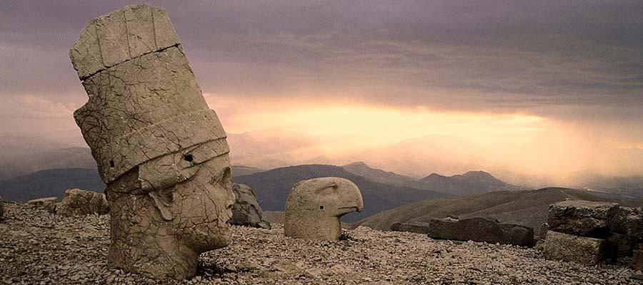 Tanrılar ve Kralların Gizemli Dağı Nemrut - Günbatımı