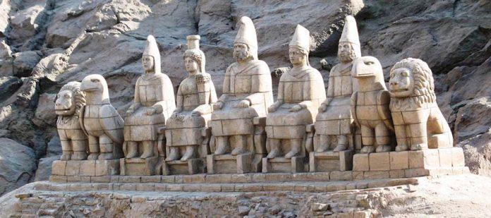 Tanrılar ve Kralların Gizemli Dağı Nemrut - Heykeller