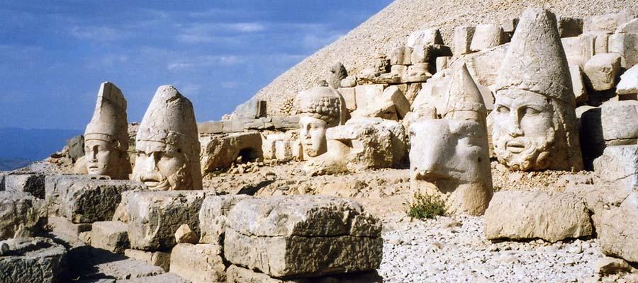 Tanrılar ve Kralların Gizemli Dağı Nemrut - Manzara