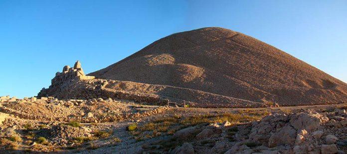 Tanrılar ve Kralların Gizemli Dağı Nemrut - Milli Park