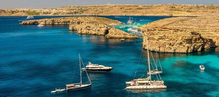 Akdeniz'in Küçük Adası Malta - Deniz
