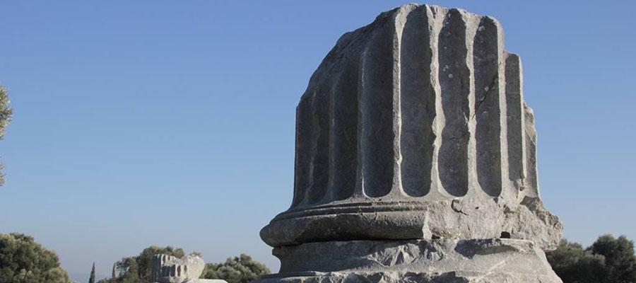 Seferihisar - Dionysos Tapınağı