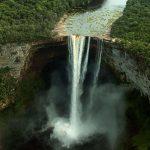 Dünyanın En Büyüleyici Şelaleleri - Kaieteur Şelalesi