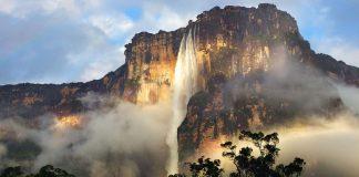 Dünyanın En Büyüleyici Şelaleleri - Kapak