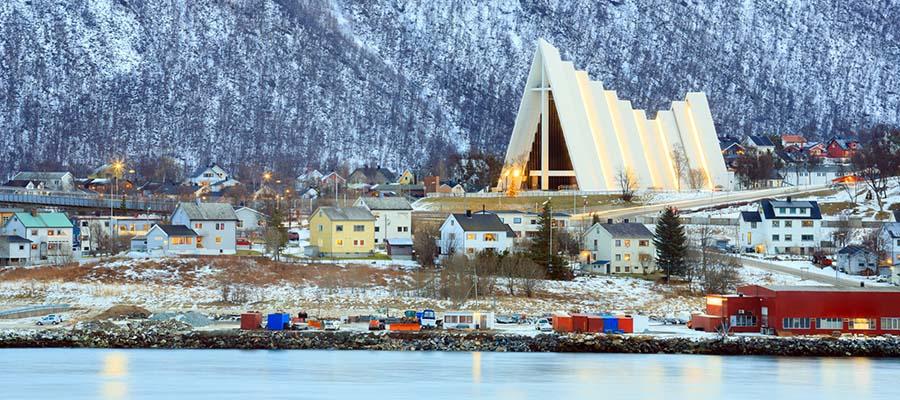 Yılbaşı Tatili İçin 5 Şehir Önerisi - Tromso - Nehir