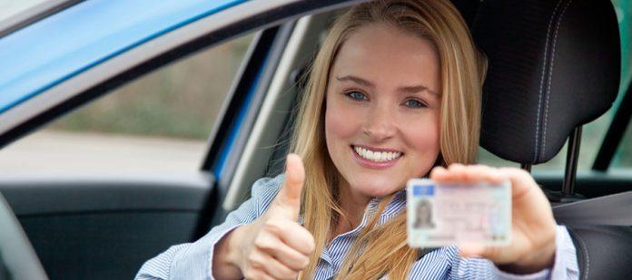 Yurt Dışında Araç Kiralama - Ehliyet