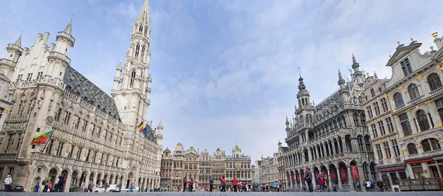 Avrupa'nın Hayranlık Uyandıran Meydanları - Gendarmenmarkt