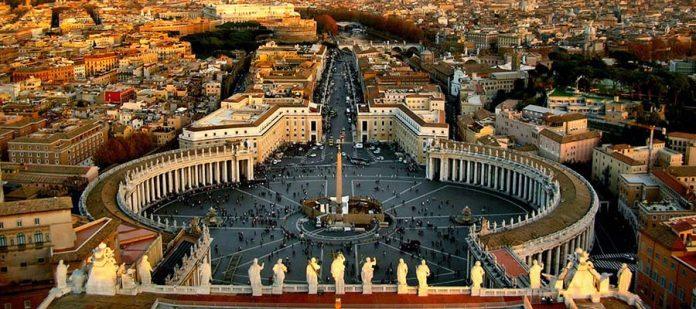 Avrupa'nın Hayranlık Uyandıran Meydanları - St. Peter's Meydanı