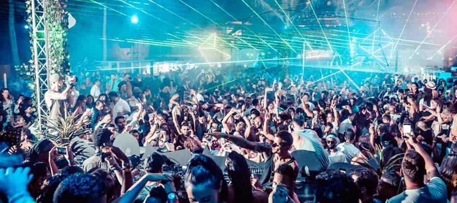 Rüya Gibi Bir Balayı: Dubai - Gece Kulübü