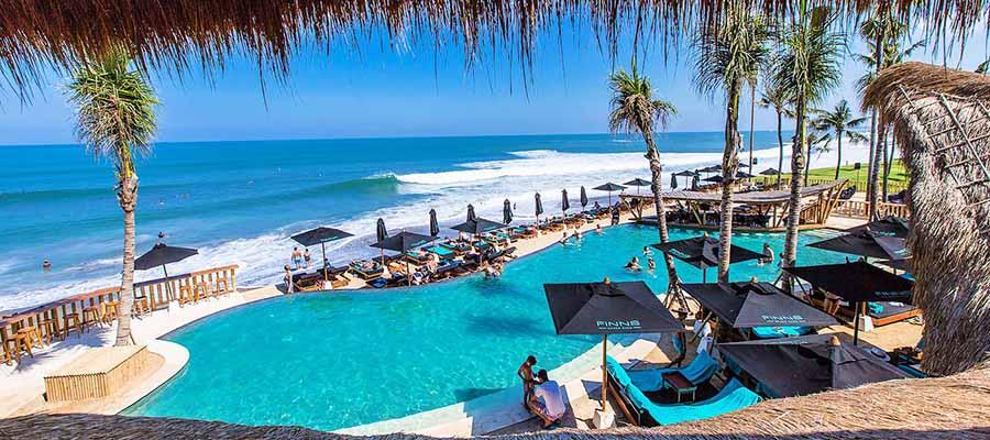 Güvenli Seyahat Edebileceğiniz Yerler - Bali Sahil