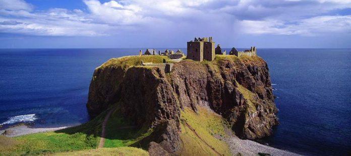 Güvenli Seyahat Edebileceğiniz Yerler - İskoçya