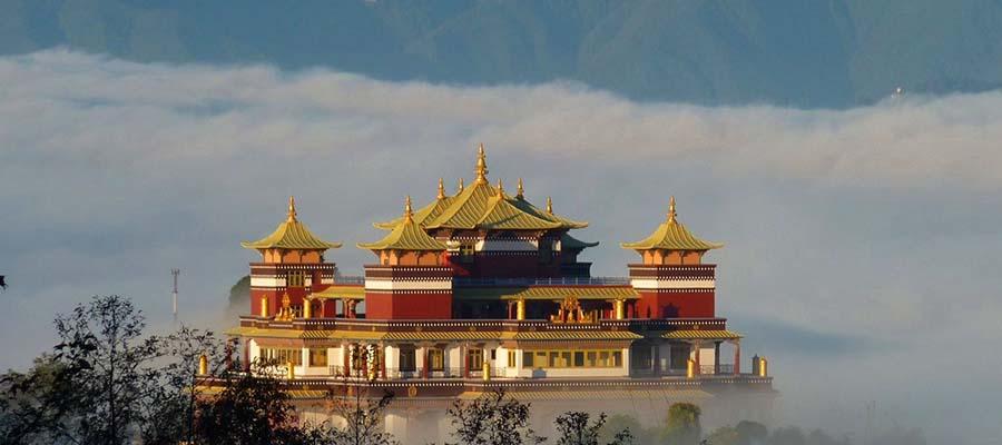 Güvenli Seyahat Edebileceğiniz Yerler - Nepal - Tapınak