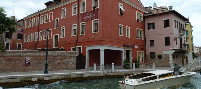 Kanallar Şehri Venedik - Hotel Moresco