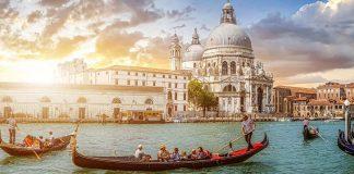 Kanallar Şehri Venedik - Kapak