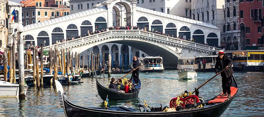Kanallar Şehri Venedik - Köprüler
