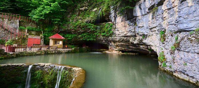 Karadeniz'de Görmeniz Gereken Yerler - Çal Mağarası