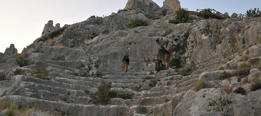 Sular Altında Saklı Bir Kent Simena Antik Kenti - Kale